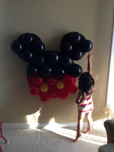 Mickey Mouse Balloon Pinata, ready for poking! Cake Pops Mickey Mouse, Minnie Mouse Birthday Cakes, Mickey Mouse Clubhouse Birthday Party, Mickey Mouse Parties, Mickey Birthday, Mickey Party, Mickey Cakes, Mouse Cake, Disney Parties