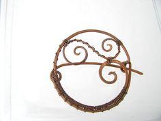 Brosche von Kokkozik Jewelry auf DaWanda.com