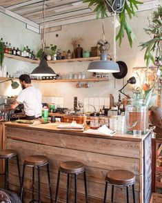 Cafe interior design - 49 Interior Design Ideas with Plants That You Can Try in Your Home – Cafe interior design Small Coffee Shop, Coffee Shop Bar, Coffee Shop Design, Coffee Shops, Rustic Coffee Shop, Restaurant Design, Deco Restaurant, Modern Restaurant, Café Exterior