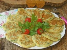 A Delicious and Practical Recipe for Pastry Taste: Spoon with Cheese and Parsley Easy Pastry Recipes, Pizza Recipes, Pancake Recipes, Perfect Pancake Recipe, Cowboy Cookie Recipe, 30 Min Meals, Recipe 30, Best Breakfast Recipes, Breakfast Items