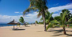 Paradise - Club Makocola in Malawi Photo by Rolf Häsänen