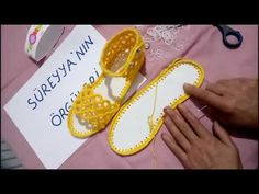 Tığ İşi Sandalet Patik Yapımı - YouTube Crochet Sandals, Crochet Shoes, Booties Crochet, Flip Flop Sandals, Flip Flops, Flower Video, Moda Emo, Crochet Videos, Miller Sandal