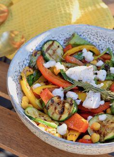 Gegrilde groente salade met geitenkaas