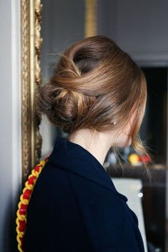 Mussed up chignon Good Hair Day, Great Hair, Bun Hairstyles, Pretty Hairstyles, Updo Hairstyle, French Hairstyles, Evening Hairstyles, Fashion Hairstyles, Hairstyle Tutorials