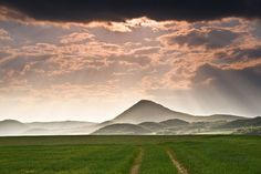 Milešovka - the highest hill in Bohemian Middle-highlands (North Bohemia), Czechia Heart Of Europe, Czech Republic, Nature Photos, Magick, Countryside, Places Ive Been, Explore, Mountains, Landscape