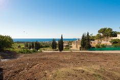 Great opportunity to build your own villa in a residential area, El Paraiso Alto, Marbella  https://www.crystalshore-properties.com/en/listing/spain/estepona/el-paraiso/plot/4382/
