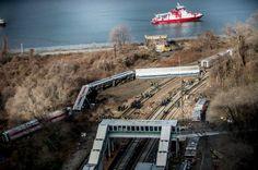4 Dead in Metro-North Train Derailment in the Bronx - NYTimes.com
