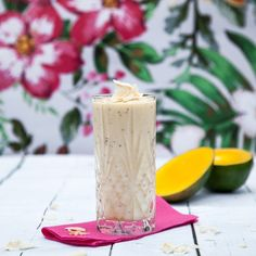 Coconut smoothie with mango and chia seeds. Coconut Smoothie, Chia Seeds, Pillar Candles, Yogurt, Food Photography, Mango, Drink, Manga, Beverage