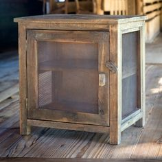 Amish Primitive Country Pie Safe Amish Primitive Country Pie Safe Always aspired to discover how to knit, although uncertain where to begin? Vintage Industrial Furniture, Primitive Furniture, Country Furniture, Antique Furniture, Bedroom Furniture, Wooden Furniture, Outdoor Furniture, House Furniture, Furniture Projects