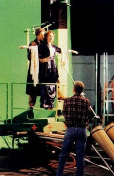 Titanic filming with green screen. Behind the Scenes: List of the 100 Best BTS Photos from Iconic Movies (Page 15)