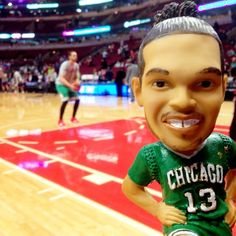 While supplies last, fans entering the United Center tonight receive this #StPatricksDay Joakim Noah bobblehead.