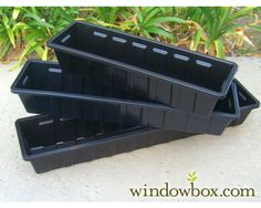 Buy window box liners-plastic that's lightweight and very durable. Window Box Liners in different sizes and colors. Window box liners use indoors or outside. Planter Box Liners, Diy Planter Box, Plastic Planter, Diy Self Watering Planter, Diy Flower Boxes, Window Box Flowers, Flower Basket, Metal Window Boxes, Window Box Diy
