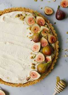 Honey Mascarpone Tart By The Wood and Spoon Blog by Kate Wood. This is a simple, summer dessert. A no-bake cheesecake tart of sorts with a salty press in graham cracker and a creamy cheese filling. The tart is naturally sweetened with honey and is topped
