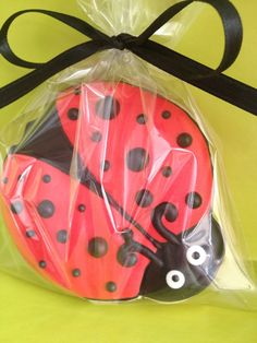 1 Doz Ladybug Cookie Favors by SwtsnTrtsbyCamille on Etsy, $25.00