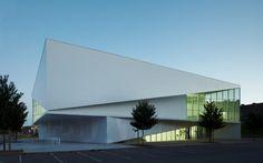 Arquitetos:Dominique Coulon & AssociésÁrea construída:1750.0 m²Localização: Anzin, França, Anzin, Nord-Pas-de-Calais, França Fotógrafo:Eugeni Pons, Coulon