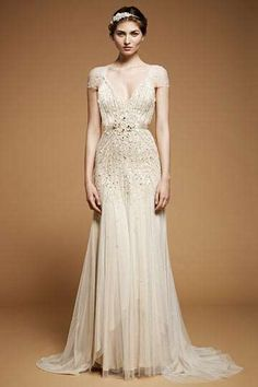 Dying for this dress!     Top of the line BOHO- Boho Wedding Dress Collaborations - The Richard Nicoll for Topshop Bridal Collection is Chic (GALLERY) @Amélie Bernard Wilk