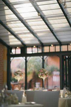 Hochzeitslocation: Feiern Sie Ihre Hochzeit in der La Villa am Starnberger See. Foto © formafoto.net - La Villa
