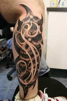 This is some seriously SIC slipknot artwork. Fresh ass tat design.