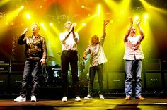 Status Quo - The Frantic Four (Parfitt, Rossi, Lancaster and Coghlan) Status Quo Band, Rick Parfitt, Lancaster, Cool Bands, Rock N Roll, Rompers, Concert, Boards, Collection