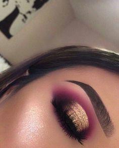 Maquiagem makeup eyeshadow makeup, eye makeup e makeup Purple Eye Makeup, Makeup Eye Looks, Glitter Makeup, Glam Makeup, Skin Makeup, Makeup Inspo, Eyeshadow Makeup, Makeup Inspiration, Makeup Ideas