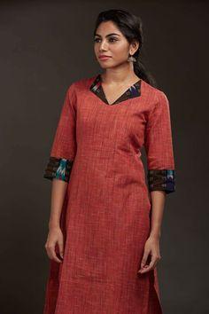 Salwar Neck Designs, Churidar Designs, Kurta Neck Design, Neck Designs For Suits, Neckline Designs, Kurta Designs Women, Dress Neck Designs, Blouse Designs, Salwar Pattern