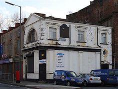 The former Royal pub, St James St / Bridgewater St
