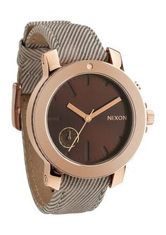 Our unique Nixon women's watches range from dainty and modern to contemporary and classic. Shop online today for your favorite women's Nixon watch. Cool Watches, Watches For Men, Nixon Watches, Tom Ford Makeup, Look Girl, Mac Eyeshadow, Raiders, Jewelery, Fashion Accessories