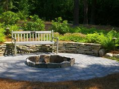 8 Easy-to-Build Fire Pit Designs : Home Improvement : DIY Network. Love the retaining wall.
