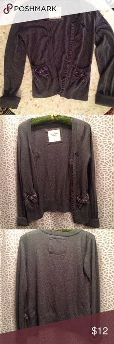 A&F Cardigan Abercrombie & Fitch gray cardigan with velvet bow details on the front pockets.  super long sleeves that look great rolled up!  Great staple for school or work.  Cotton, size Medium. Abercrombie & Fitch Sweaters Cardigans