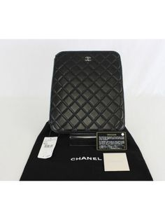 Auth-CHANEL-Black-Lambskin-Leather-Quilted-CC-Logo-iPad-Case-Holder