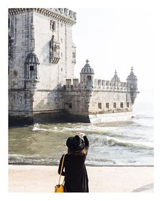 Postcards from Lisboa  #lisbonxQ30byhanni . . . . #lisboa #lisbon #visitlisbon #visitportugal #portugal#vscoaward#hsdailyfeature#featuremeinstagood #huffpostgram #wearetravelers #exploringtheglobe #ourplanetdaily #travelstoke #letsgosomewhere #guardiantravelsnaps #wonderful_places #discoverearth #beautifuldestinations #doyoutravel  #wonderful_places #discoverearth #beautifuldestinations #doyoutravel