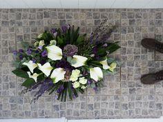 rouwstuk wit paars