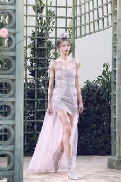 Лучших изображений доски «Fashion History  Chanel»  360   Chanel ... 3685844c4a5