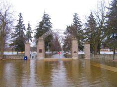 this is Riverside Park in Cambridge Ontario