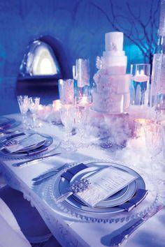 Winter wonderland-themed blue and white wedding table decor (de Belle Photography)