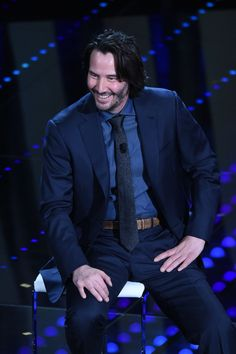 Katarina ‏@Keanuital   67th Festival of the Italian Song of Sanremo #keanureeves (19 Photos High Res) http://photos.hollywood.com/search/?s=KEANU+REEVES&p=1 …