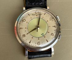 Jaeger Lecoultre Watches, Vintage Watches, Omega Watch, Times, Glasses, Flower, Unique, Accessories, Old Clocks