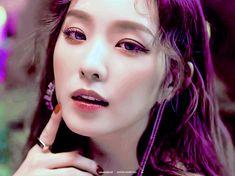 Red Velvet アイリーン, Red Velvet Irene, Kpop Girl Groups, Kpop Girls, Red Valvet, Kim Yerim, Most Beautiful Faces, Seulgi, Classy Outfits