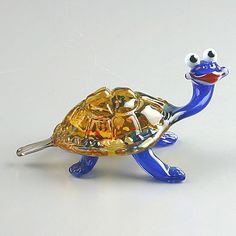 Friendly Turtle Glass Figurine from www.therussianstore.com