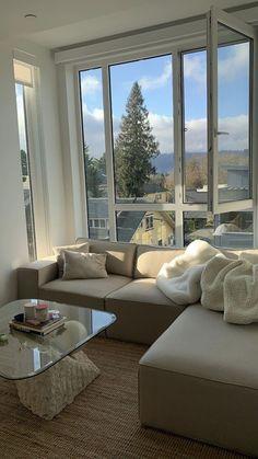 Home Interior Simple .Home Interior Simple Apartamento New York, Living Room Decor, Bedroom Decor, Living Room Goals, Cozy Bedroom, Aesthetic Room Decor, Dream Apartment, Home And Deco, House Goals