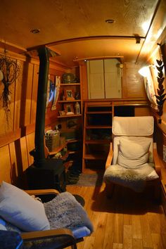 Life aboard our narrowboat Mervyn