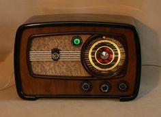 Golden Age Of Audio: USSR Audio Classics VEF radio http://www.rrr.lv/ru/