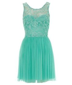 blue lace. reminds me of a tiffany store :)