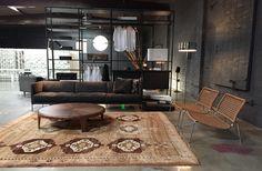 Easy Lipp sofa and Frog Chair by Piero Lissoni for Living Divani