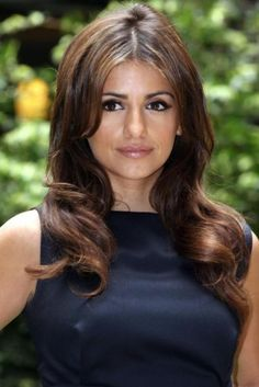 Girls of The Day 31 October: Monica Cruz Vicky Cristina Barcelona, Spanish Actress, Italian Fashion Designers, Hair Game, Hollywood Walk Of Fame, Girl Day, Girl Crushes, Fall Pics, Hair Color