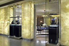 Jewelry Store Decoration