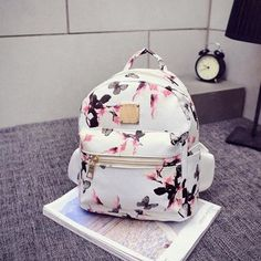 Women Backpack 2016 Hot Sale Fashion Causal Floral Printing Backpacks PU Leather Backpack For Teenagers Girls Mochilas Hot Sale Cute Mini Backpacks, Trendy Backpacks, Girl Backpacks, Leather Backpacks, Floral Backpack, Backpack Bags, Travel Backpack, Travel Bags, Travel Packing
