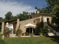Housesitting assignment in Lourmarin, France