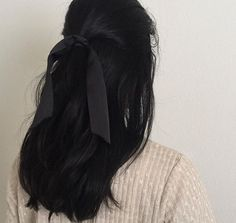 Hair aesthetic Image shared by wannabe clown. Find images and videos about hair, black and sad . Image shared by wannabe clown. Find images and videos about hair, black and sad on We Heart It - the app to get lost in what you love. Hair Day, My Hair, Hair Inspo, Hair Inspiration, Black Hair Aesthetic, Grunge Hair, About Hair, Pretty Hairstyles, Hairstyles For Black Hair