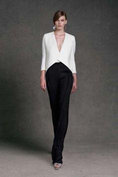 Abito da cerimonia con pantalone bianco di Donna Karan